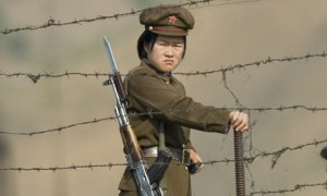 North-Korean-soldiers-at--003