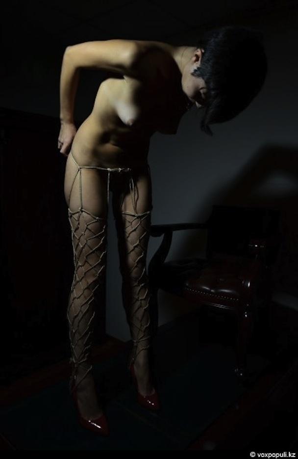 Связанные униженные женщины 1 фотография